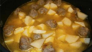 картофель-с-фрикадельками10