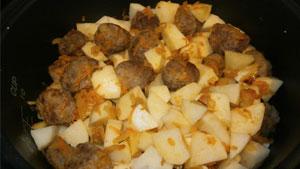 картофель-с-фрикадельками9